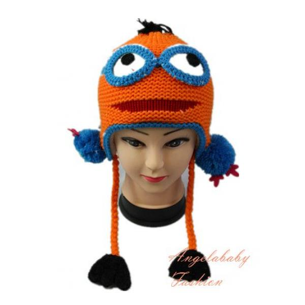 Woolen Minion two eyes orange