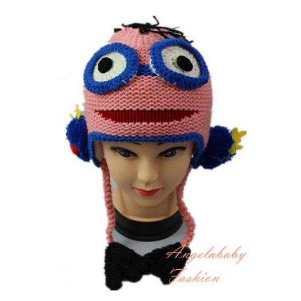 Woolen Minion two eyes pink